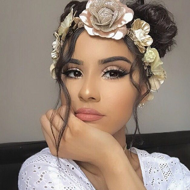 Idee Maquillage 2018 2019 Pinterest J E N E A Idee Maquillage Maquillage Regards Inspiration Maquillage