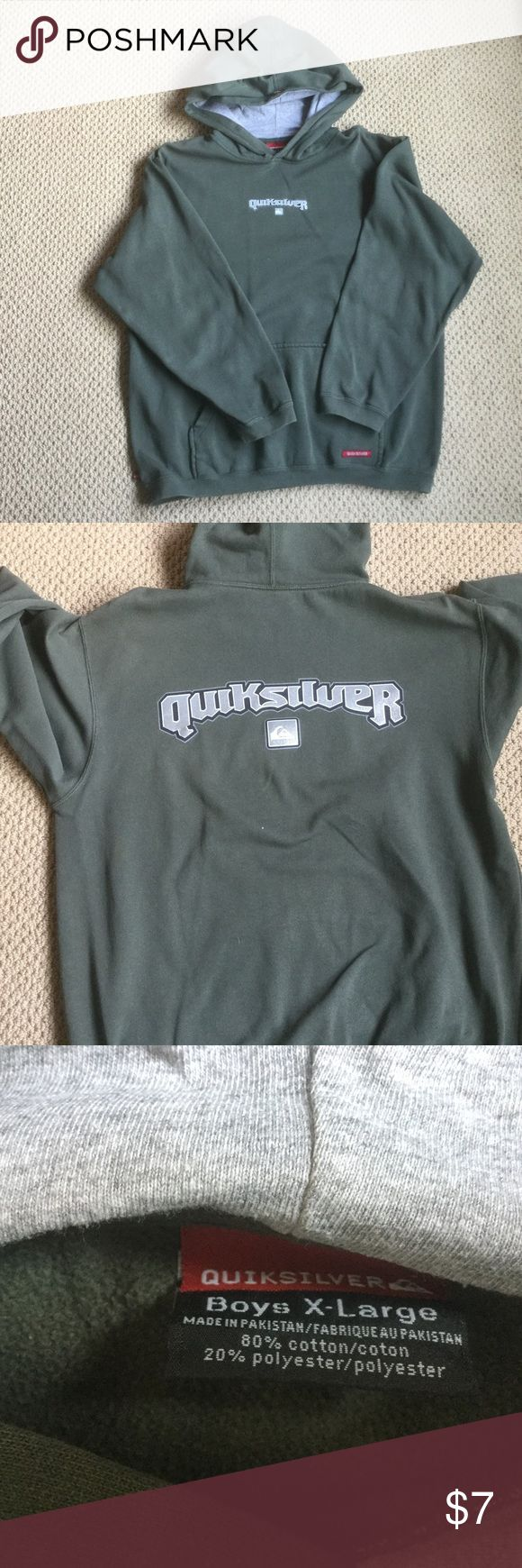 Boy's XL pullover In good condition Quiksilver sweatshirt.  Boy's size XL.  No tear or stain. Quiksilver Shirts & Tops Sweatshirts & Hoodies