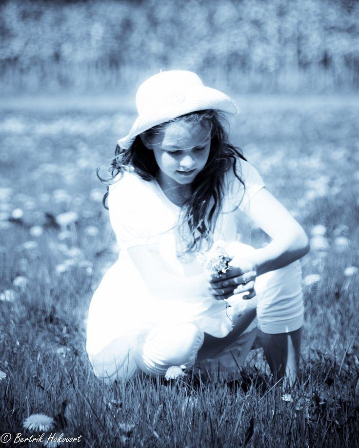 Een sfeervol plaatje, dat was de wens van dit gezin. Dat is gelukt! #portretfotografie #fotoshoot #lente