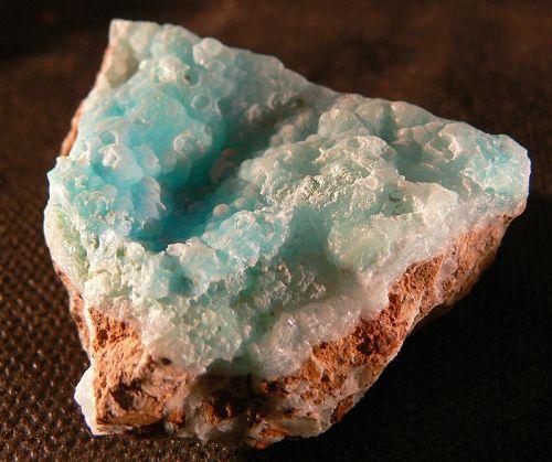 The Silicate Minerals: Hemimorphite
