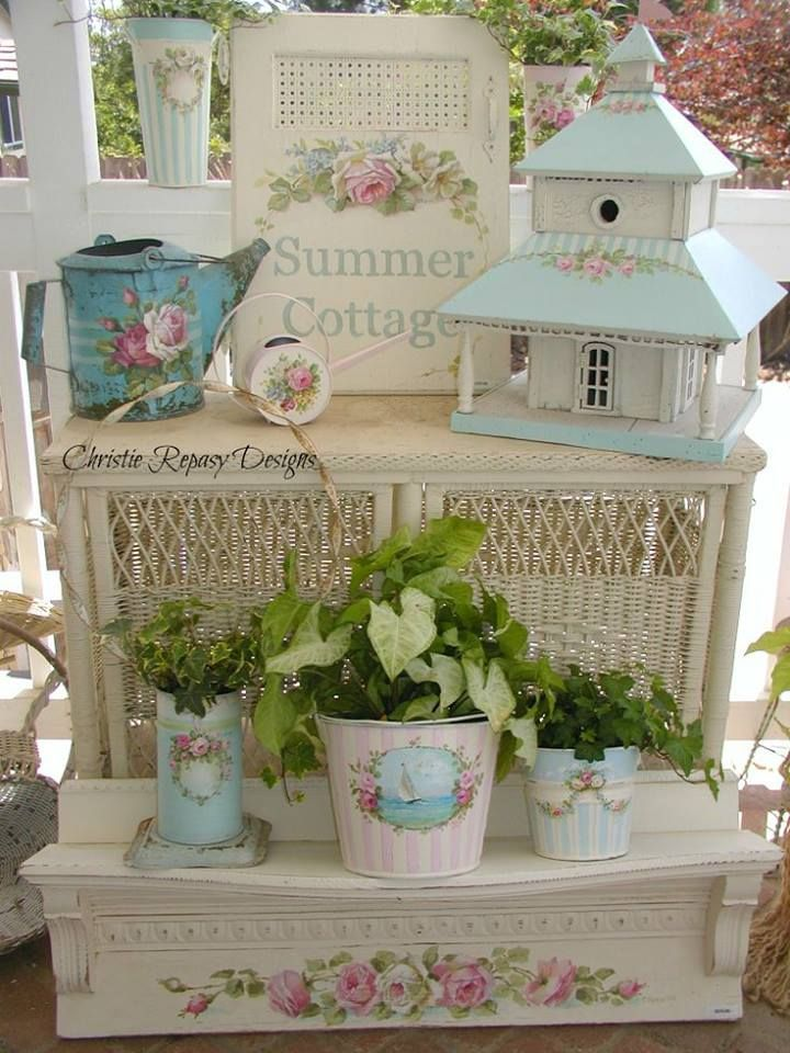 350 best shabby images on pinterest shabby chic style for Piccoli piani cottage con portici