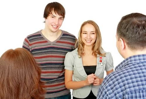 tips lover to introduce parents, you are in a relationship long enough and it was time to introduce to parents. But you do not know how to introduce your lover. Such a situation can make you and your lover awkward. To avoid that situation, consider the tips introduces girlfriend to parents.