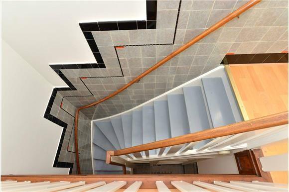 25 beste idee n over tegel trap op pinterest trap overloop trap en spaanse architectuur - Ontwerp trap trap ...