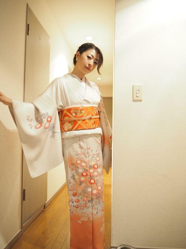 ::Formal Look::    Formal kimono look on blog, ModeAppetite  →http://bit.ly/1GHUbvT    結婚式でのフォーマルLOOK♪ on blog  →http://bit.ly/1GJLZxS    #fashion #japaneseculture #japanese #kimono #ootd #party #wedding #着物 #礼装 #訪問着