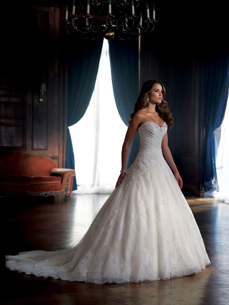 Strapless Sweetheart Draped Ball Gown Wedding Dresses