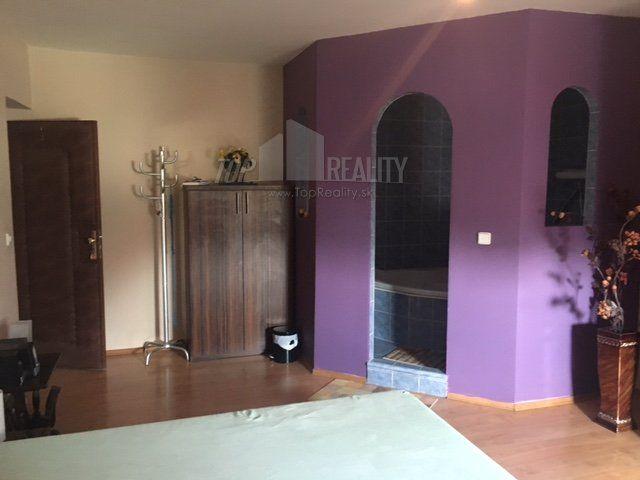 Lamač - rodinný dom na predaj :: TOP Reality