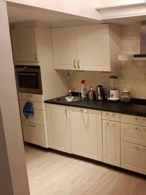 Helemaal blij met mn nieuwe keuken dankzij de Chalk Paint van Annie Sloan. Gedaan met Original White en afgewerkt met Annie Sloan lak