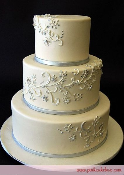 how to defrost wedding cake after 1 year 7294 best images about cakes amp toppers on 15698