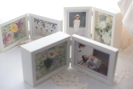 ご両親へのギフト 手作りのフォトフレーム、一番お気に入りの写真をいれて : 一会 ウエディングの花