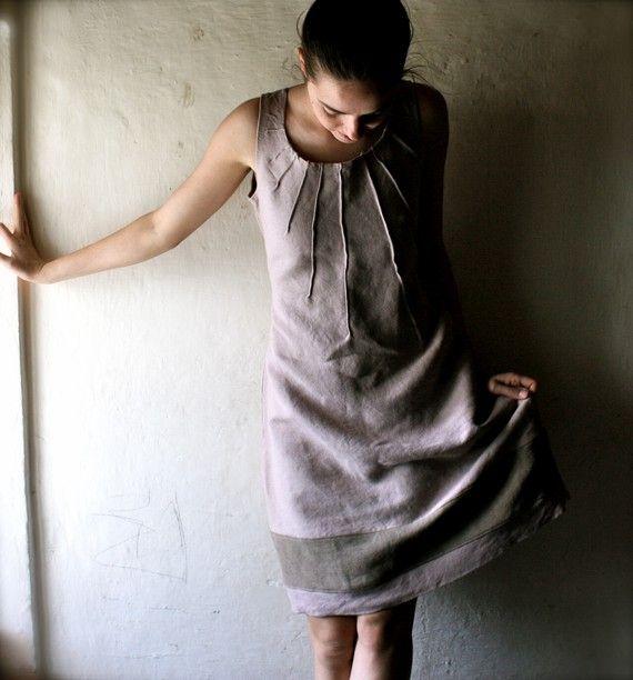 pleat dress...so pretty.