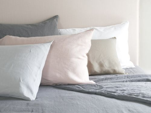 Our Lazy bed linen is made from 100% crushed Belgian linen and no ironing is needed! We offer super bundle deals in single, double, kingsize & superking.