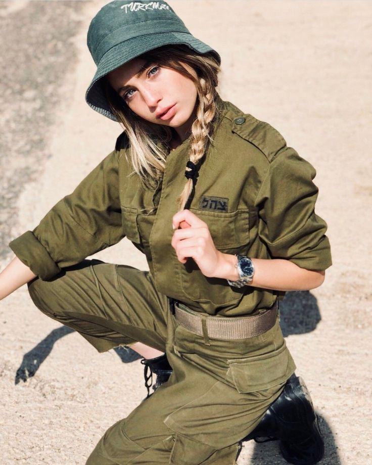 british-army-girl-hot-small-teen-bikini-pic