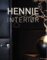 http://www.adlibris.com/no/product.aspx?isbn=8203237312   Tittel: Hennie interiør - Forfatter: Helene Forbes Hennie - ISBN: 8203237312 - Vår pris: 485,-
