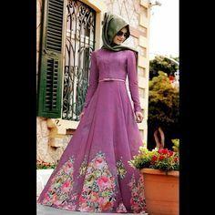Yeni sezon gözdelerimizden Flowers elbiseler renk ve desenleriyle tam yazlık www.gamzepolat.com.tr ve tüm satış noktalarımızda