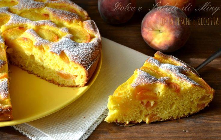 La torta pesche e ricotta, una torta soffice e semplice da preparare, perfetta per l'estate.