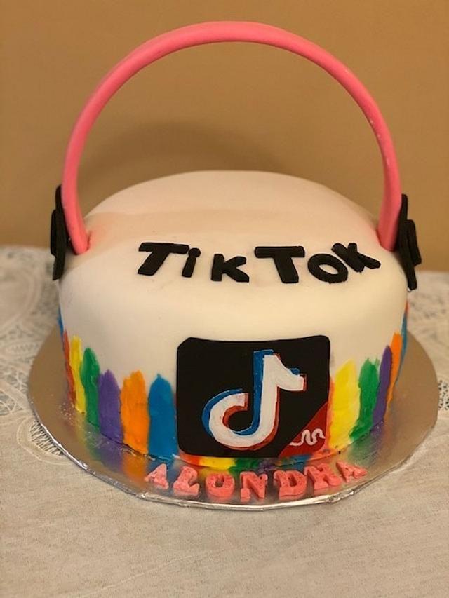 Tik Tok Unique Birthday Cakes Simple Birthday Cake 13th Birthday Cake For Girls