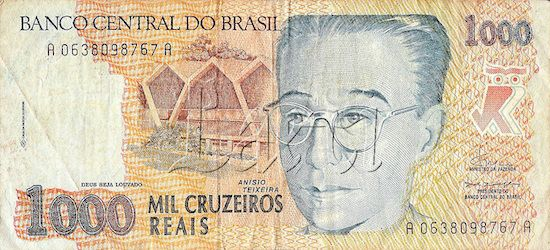 ANCIENT NATIONAL 1993 BRAZILIAN BANKNOTE 1000 CRUZEIROS REAIS - 1993 BRAZILIAN BILL- CENTRAL BANK OF BRAZIL. .(ANTIGA CÉDULA BRASILEIRA DE 1000 CRUZEIROS REAIS - ESTAMPA DE 1993 - BANCO CENTRAL DO BRASIL)