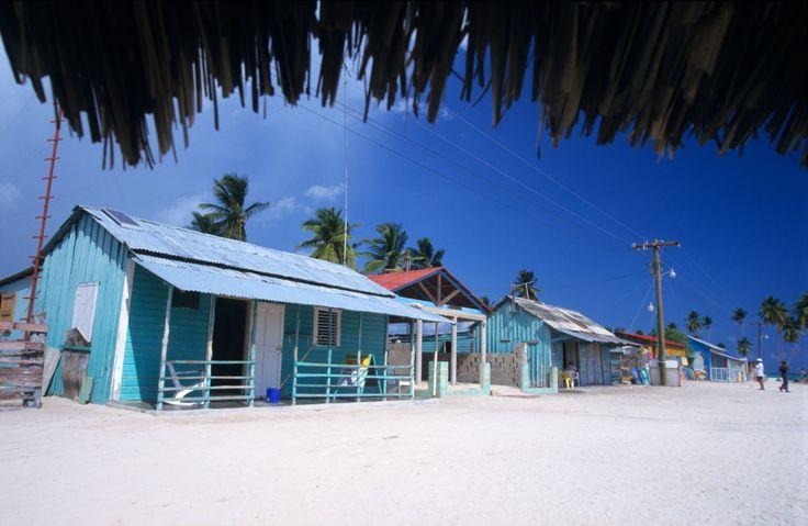 Homes on the beach..... Heaven!