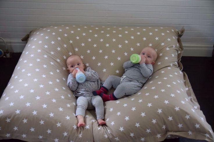 XL-kudde, Sand stjärna, kollektion: New England (NG Baby) | Källa: Malin Hedblom, Tvillingmorsan.se