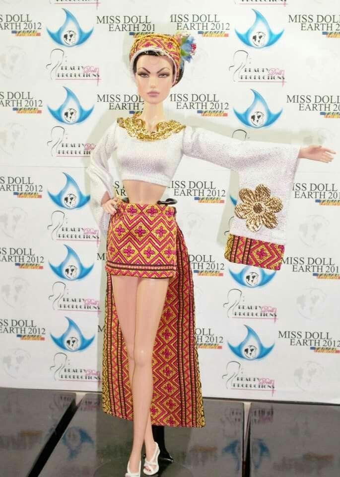 Miss Doll EARTH 2012 - Traje tipico  de Miss Ecuador