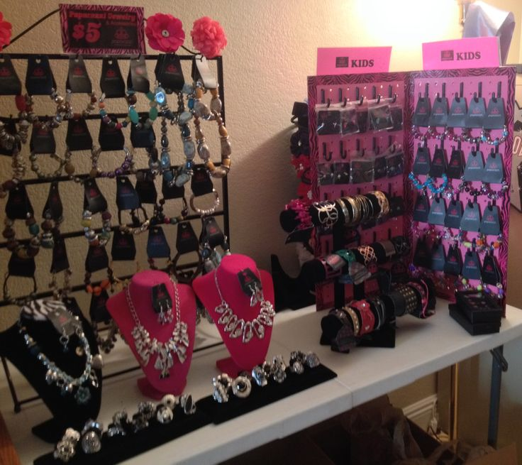 How To Display Wedding Accessories At Craft Shows