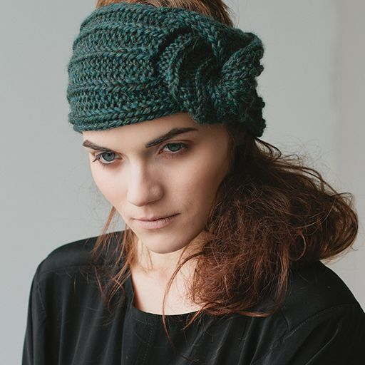 Vintage glamour meets modern style in the Snail Twist Headband. Simple and quick to knit, this headband is reminiscent of...