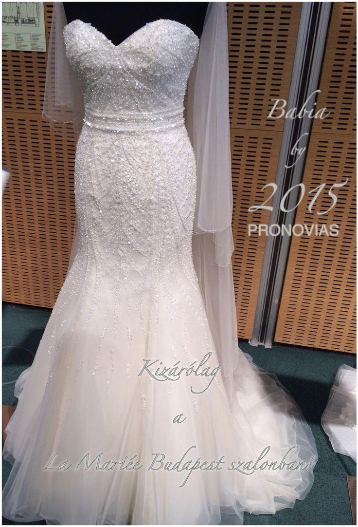 Babia esküvői ruha a 2015-ös Pronovias kollekcióból http://lamariee.hu/eskuvoi-ruha/pronovias-2015/babia