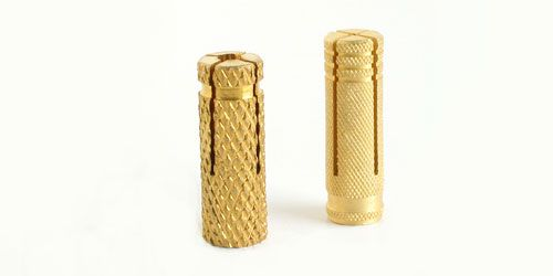 There are 1 out of 2 of the brass covers which can come down or which cannot go up and just some of them can actually spin in the hole. Let's discuss on the top 2 problems that occur with the brass pool cover anchors......