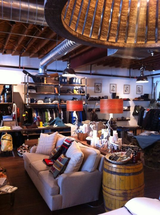It may be a bit out of the city, but it's sure as hell worth it. This grand showroom is an Americana enthusiast's wet dream.