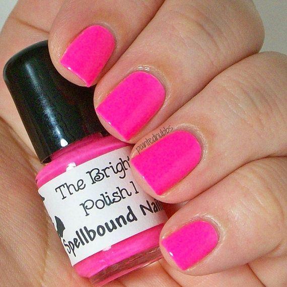 Pink Nail Polish Video: 1000+ Ideas About Neon Pink Nail Polish On Pinterest