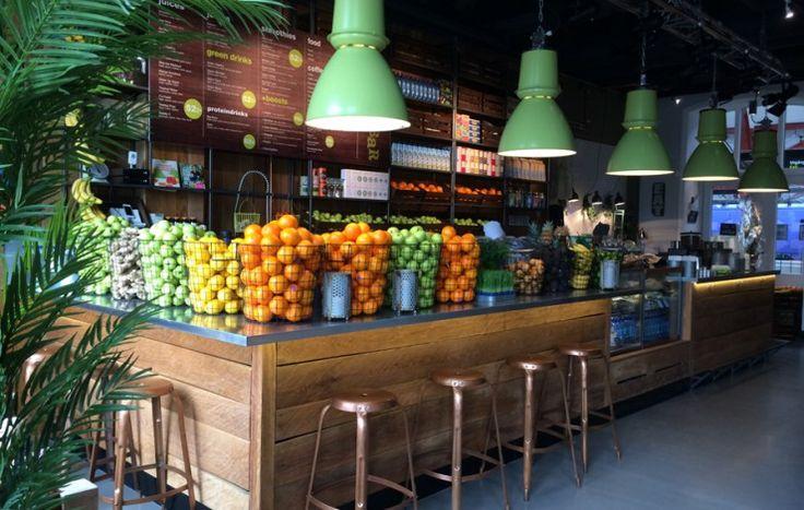 Pin Veredas Arquitetura ---- www.veredas.arq.br-- inspiração Green & Yellow Juicebar – Färskpressad juice i Malmö