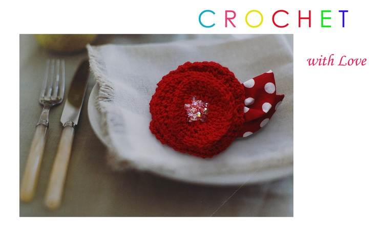 Crochet hair pin & brooch / hand made by ZigZagVintage/prague