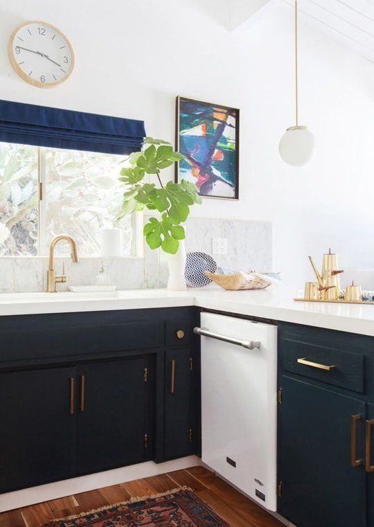 Trend alert navy marble brass in the kitchen bath for Trends kitchens and bathrooms