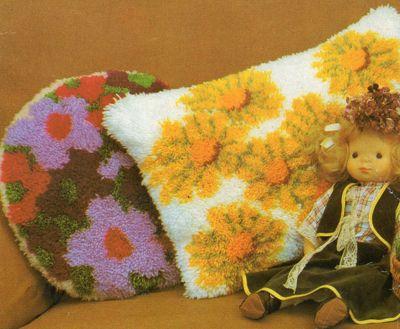 пушистые подушки из остатков пряжи