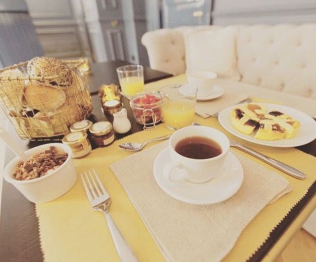 Feeling lazy on Sunday mornings?  Don't worry!  on this day our buffet breakfast will be lazy with you, remaining open until 11am, in order to give you the extra time to start well the day!  you still have half an hour  buona colazione! ☕  #thefifteenkeyshotel #feelshomey #fifteenkeys #breakfast #buffetbreakfast #colazione #rionemonti #rome #roma #italy