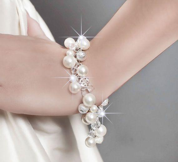 Wedding Bracelet, Wedding Pearl Bracelet, Bridal Jewelry Wedding Bracelet, Swarovski Wedding Bracelet