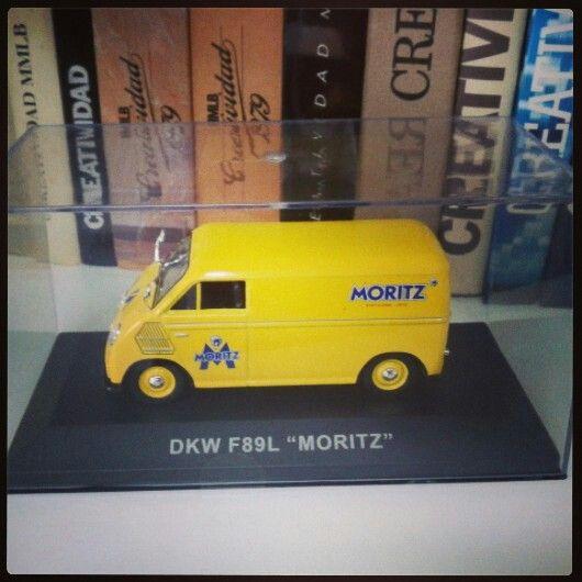 Vehículos publicitarios antiguos: Moritz #adshistory #lahistoriadelapublicidad #thehistoryofadvertising #anunciantescuidalapublicidad #centrodedocumentacionpublicitaria