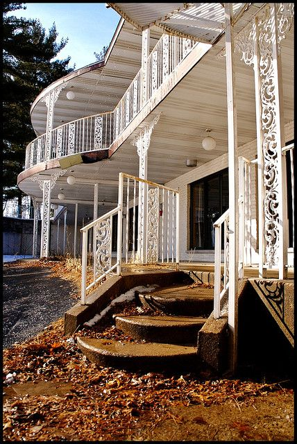 Front entrance of an abandoned hotel in the Wisconsin Dells. The Dells used to be one of the favorite vacation spots for families. Although there is still a tourist trade, it is not thriving as it once was and many places have been forced to close.