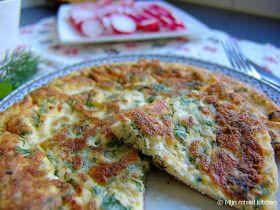Peynirli omlet (omelet met Turkse witte kaas en groene kruiden)