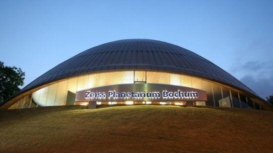 Zeiss Planetarium Bochum. Mehr: http://www.coolibri.de/staedte/bochum/sehenswuerdigkeiten/zeiss-planetarium-bochum.html