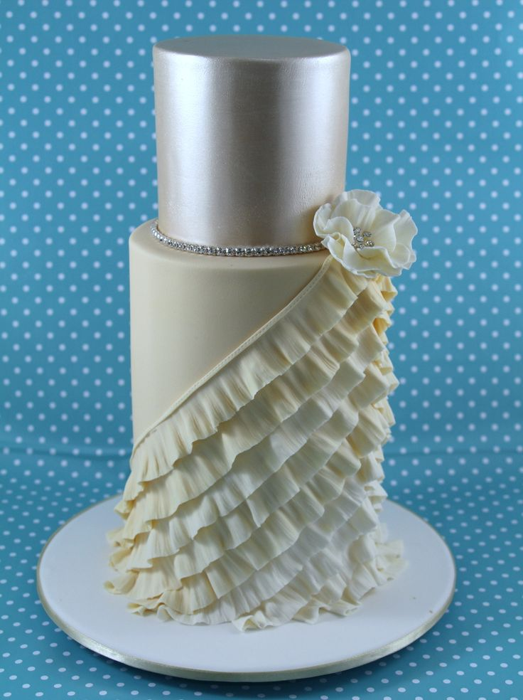 25 Best Images About Ruffle Cakes On Pinterest Orchid