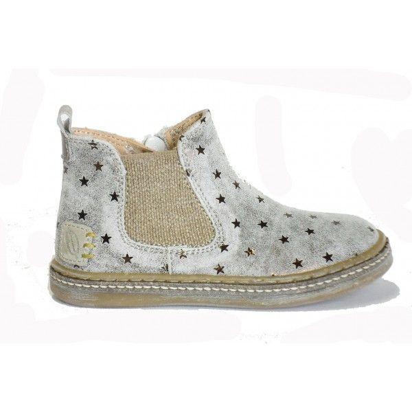 OCRA, c'est plus qu'une simple marque de chaussures pour enfants, c'est une philosophie de vie ! Une philosophie tournée vers les valeurs anciennes, le respect de l'environnement, de la terre, et d…