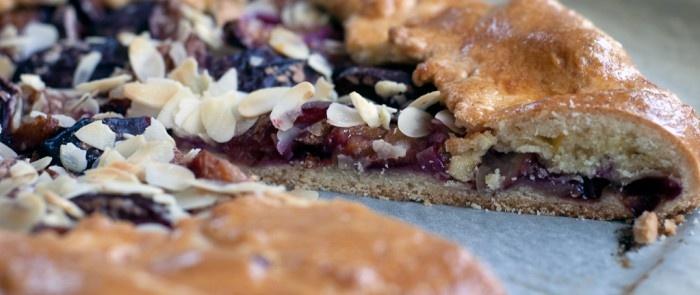 Plum tart and Tarts on Pinterest