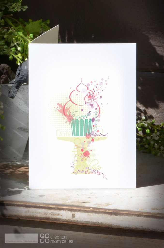 GRAPH'L Cupcake Card in stock C$4.95