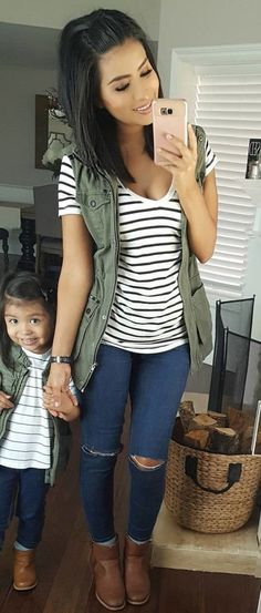 #fall #outfits women's black and white stripes scoop-neck shirt and distressed blue jeans outfit