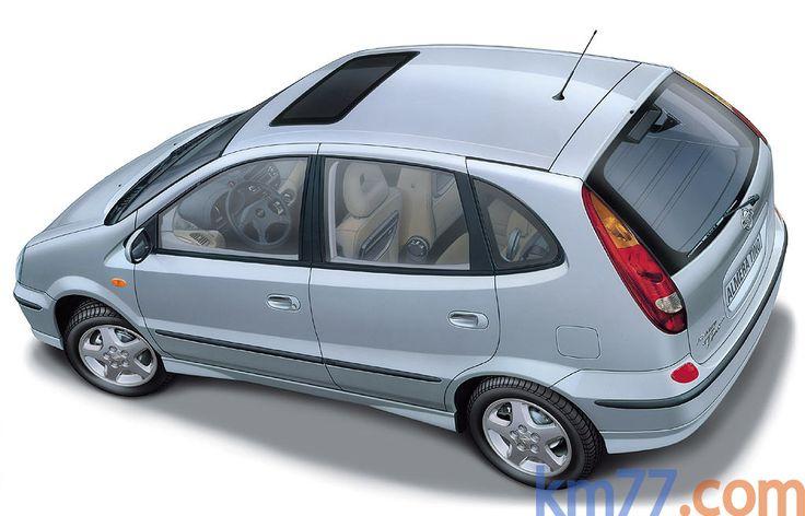 Nissan Almera Tino 1.8 16v 114 CV Ambience Monovolumen Exterior Lateral-Cenital 5 puertas