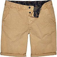 Brown tan slim chino shorts Sale €20 River Island