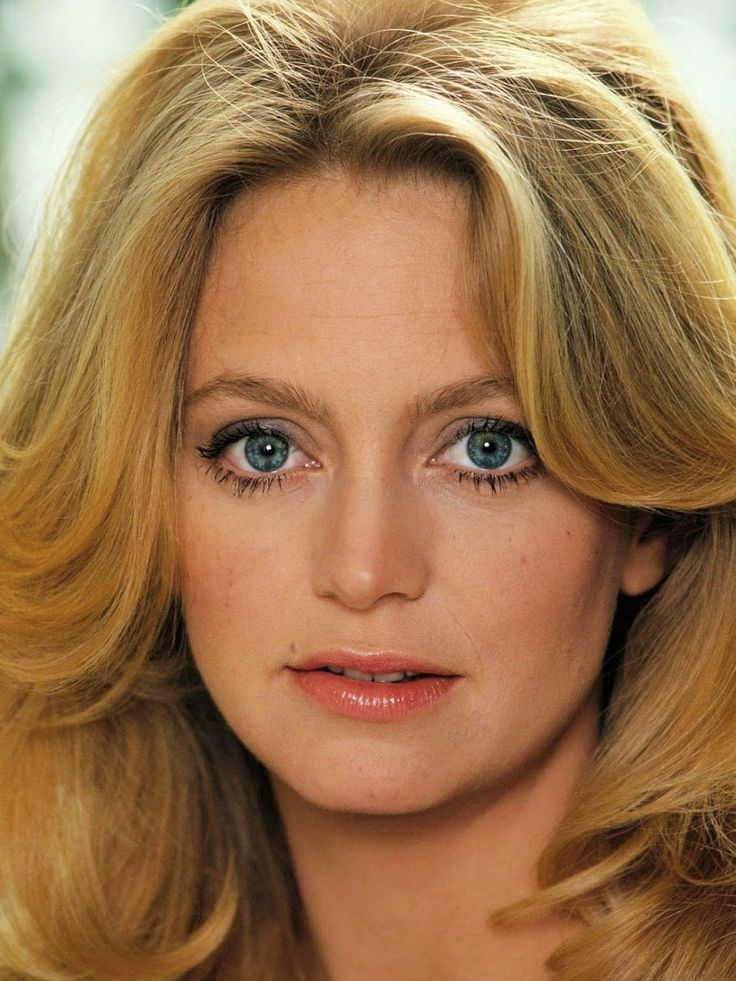 17 Best images about Goldie Hawn on Pinterest | Bette ...