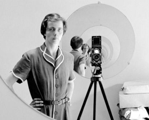 Die besten 25 Selbstportrt Fotografie Ideen auf Pinterest  Selbstfotographie Fotokunst und