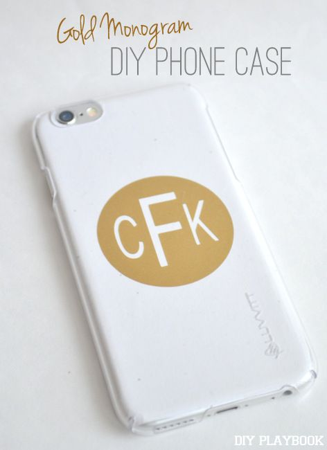 DIY Customized Phone Covers - made with the Silhouette Portrait or CAMEO #Vinyl #Monogram | DIY Playbook